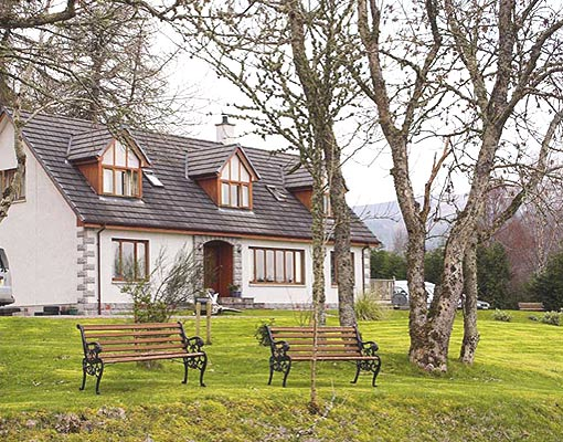 Fort Augustus Bed and Breakfast Accommodation near Loch Ness in the Highlands of Scotland